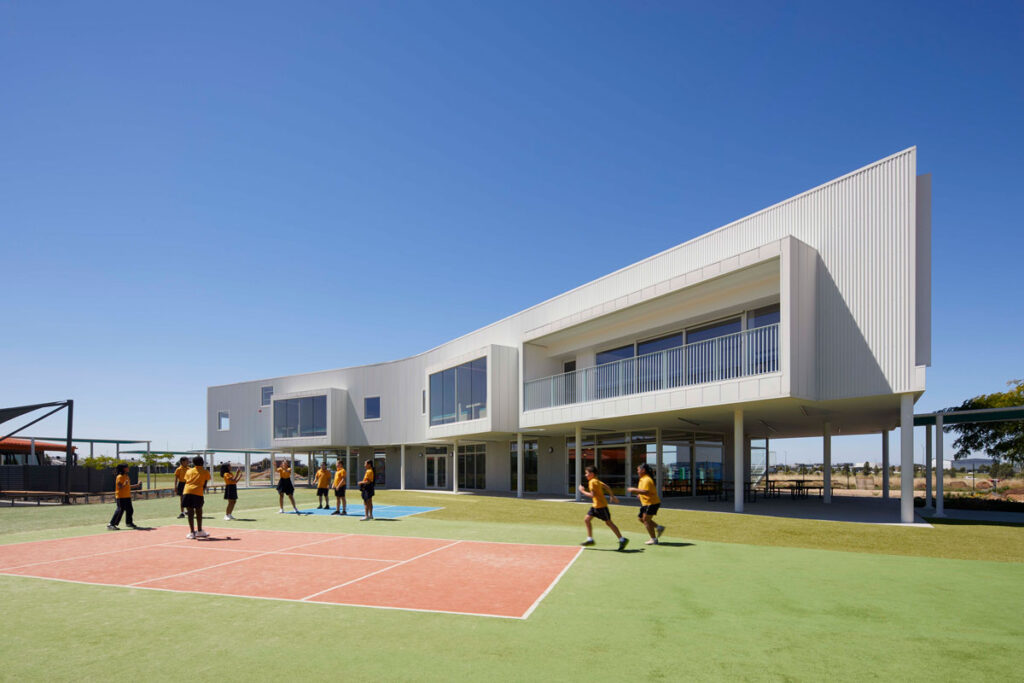 eductation catholic St Clare's learning environment school design ROAM Architects building facade colorbond